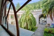 amra-park-hotel-gagra_0_terr_05